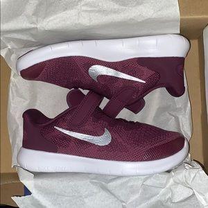 Nike Free RN Running Shoe 1Y